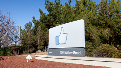 Why Advertisers Should Avoid User Photos In Facebook Ads